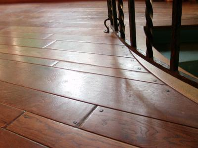 Dark Wood Floor Wax Returns Color, Minus the Dirt