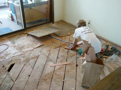 Floorwright's Apprentice Removes Subflooring