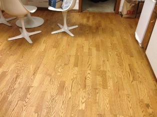 Jerry Adamsson Refinished Our Engineered Kitchen Wood Floor
